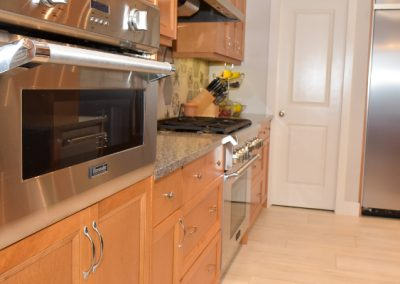 Built in stainless steel kitchen appliances