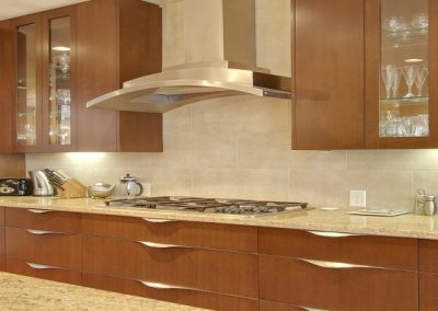 Residential Kithen 114 Large Counter top Lighted Cabinets